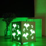 Lampa decorativa cu lumini colorate