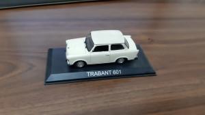 TRABANT 601 DEAGOSTINI . MASINI DE LEGENDA ,SCALA 1/43