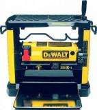 Cumpara ieftin Masina pentru degrosat si rindeluit DeWalt 1800W - DW733