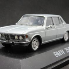 Macheta BMW 2500 Schuco 1:43