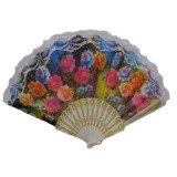 Evantai elegant cu design floral multicolor si maner din plastic, Alb, Rosu, Roz