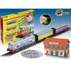 Trenulet Pequetren Electric cu Far Colorat