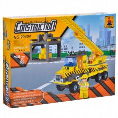 Set cuburi Lego,actual investing, model camion,192 piese