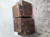 Noptiere vechi din lemn masiv.