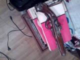 Vechi pistol bricheta model cu cremene- panoplie