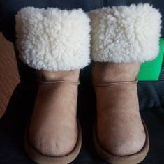 Cizme Ugg originale, piele și blana naturala de oaie, nr 36-22 cm.