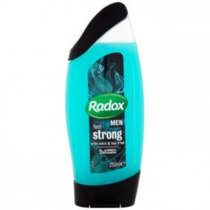 Radox Men Feel Strong 2 in 1 gel de dus si sampon