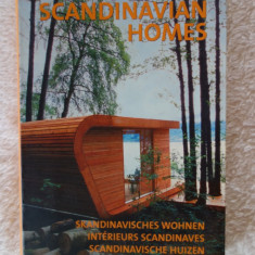 Scandinavian Homes - 256 pagini