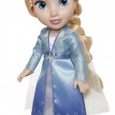 Papusa Elsa cu rochie de calatorie 35 cm Frozen 2