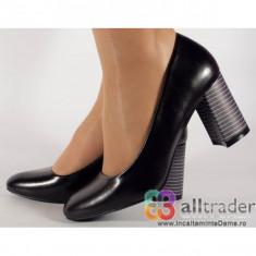 Pantofi office negri cu toc dama/dame/femei 060020