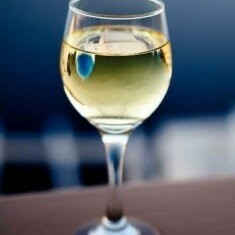 Vand vin alb 100% natural