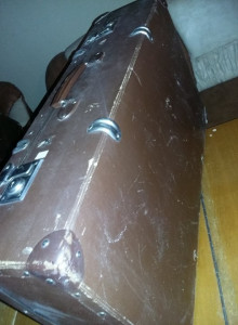 geamantan tip valiza veche perioada Ceausista,valiza MARE Frumoasa,T.GRATUIT