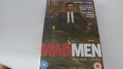med man - season 3 foto