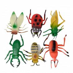 Set figurine - insecte mari de jucarie pentru copii, aspect realistic