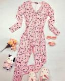 Pijama dama lunga tip salopeta roz cu nasturi si imprimeu Panda