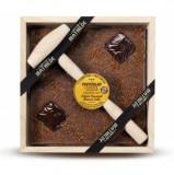 Ciocolata in cutie de lemn cu lapte si caramel | Comptoir de Mathilde