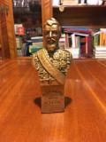 Bust ALEXANDRU IOAN CUZA - artist Petru Maxîm (Botoșani, cu semnătură)
