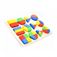 Puzzle incastru din lemn forme geometrice.