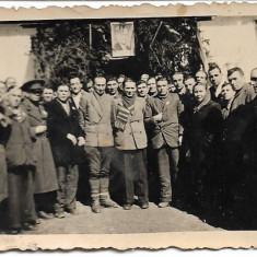Fotografie soldat roman pistol-mitraliera Orita al doilea razboi mondial