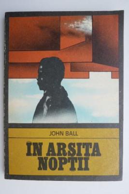 In arsita noptii – John Ball foto
