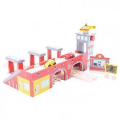 Gara centrala PlayLearn Toys
