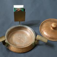 Scrumiera veche din bronz cupru si sticla