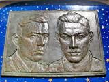 B453-I-ww1-Basorelief bronz-Soldati primul razboi mondial semnat Ernest Seger.