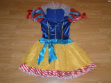 Costum carnaval serbare alba ca zapada pentru adulti marime S, Din imagine