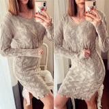 Rochie de zi ieftina din tricot crem cu model cu rupturi