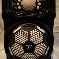 Boxa portabila bluetooth Q7, radio, mp3, karaoke, inaltime 36x 26 cm, 35w