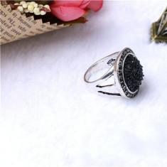 Inel cristale negre, model vitange