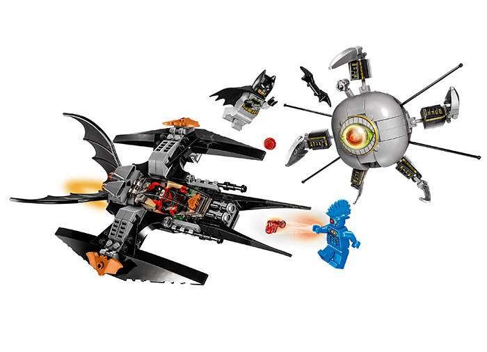 LEGO DC Super Heroes - Batman Doborarea lui Brother Eye 76111