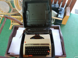 masina de scris PRIVILEG 330TR Quadrato
