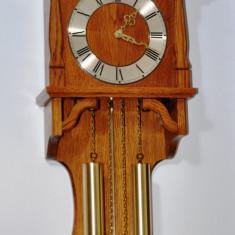 Ceas de perete cu pendula si 2 greutati Hermle anii 80