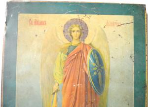 Arhanghelul Mihail, pictură veche pe tablă aplicată pe blat din lemn