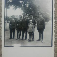 Ofiteri romani cu copil// fotografie