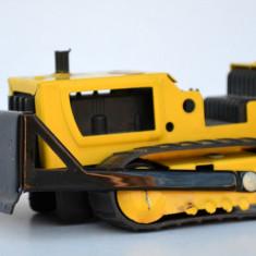 Jucarie veche tabla, tractor buldozer Tonka