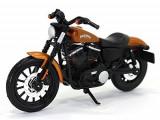 Cumpara ieftin Motocicleta Maisto Harley-Davidson, 1:18-Model 2014 Sportster Iron 883