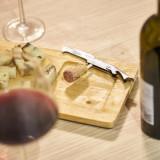 Deschizator sticle multifunctional