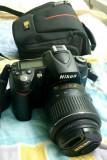 Nikon D90 stare impecabila + Obiectiv Nikkor 18-55mm DX VR AF-S + Geanta