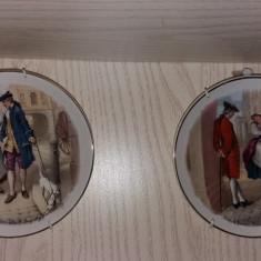 Set doua farfurii decorative, portelan England, englezesc, aplice sistem agatat
