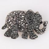 Cumpara ieftin Brosa metalica elefant argintiu