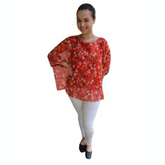 Bluza casual Vivien cu imprimeu camp flower pe fond rosu