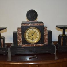 Ceas mecanic de semineu Art Deco - Franta - marmura, functioneaza bine