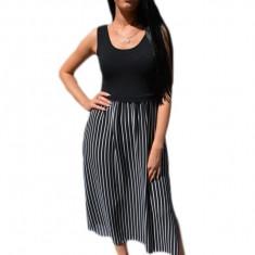 Rochie lunga ,nuanta de negru cu dungi fine albe