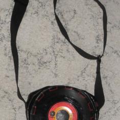 geanta poseta in forma de disc vinil,vintage,unicat