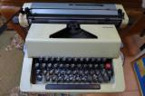 Masina de scris REMAGG Functionala Vintage Decor