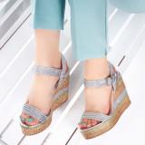 Sandale Reila argintii cu platforma