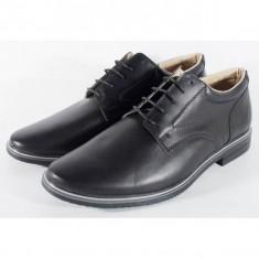 Pantofi negri de barbati/barbatesti din piele naturala (cod SPB01)