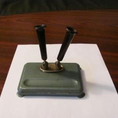 CY - Suport vechi pentru tocuri sau creioane / nu prezinta marcaje